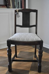 full size gray chair
